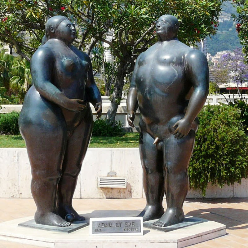 Fat woman and Fat Man under the rose tree