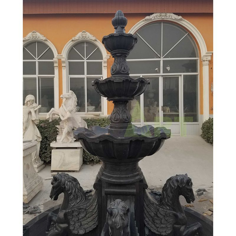 Hand Carved Garden Decorative Classical Stone Marble Horse Water Fountain