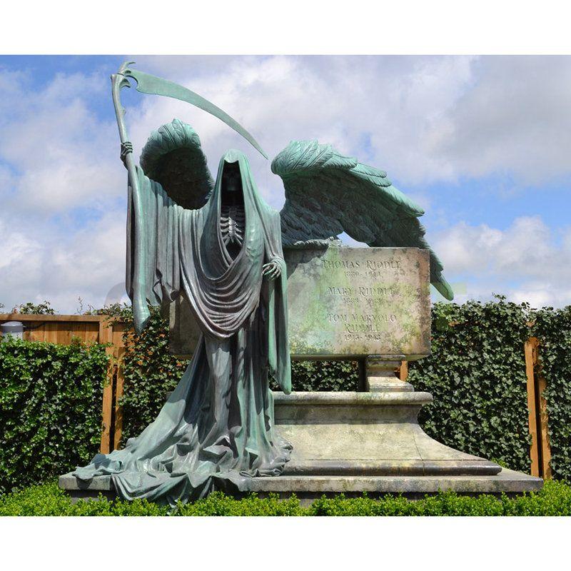 Harry Potter studio tour tombstone Angel sculpture
