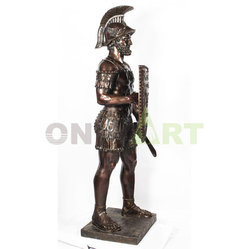 Exquisite and beautiful Leonidas figure sculpture