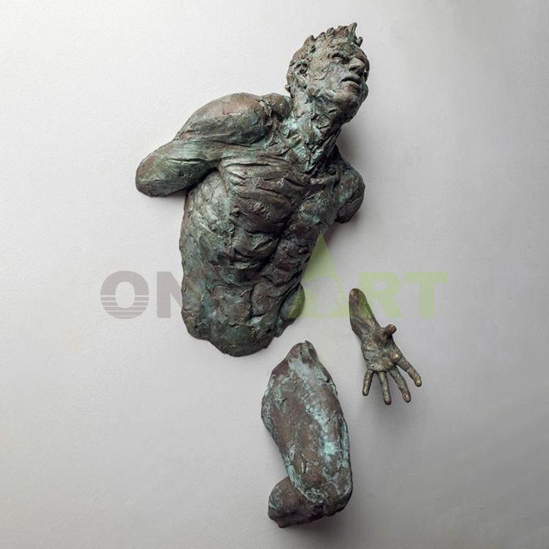 Bronze Sculpture Matteo Pugliese for Sale