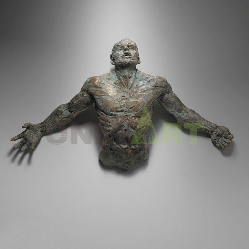High quality wall art statue nude bronze Matteo Pugliese
