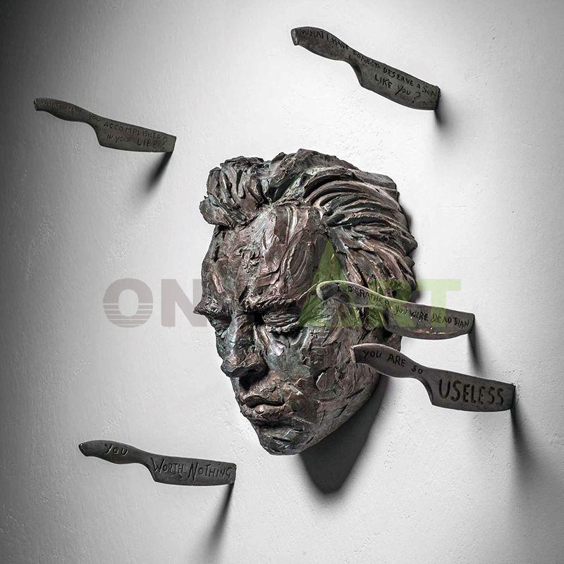 Art casting metal bronze please save me, bronze sculpture for Mateo Pugliese enclosed