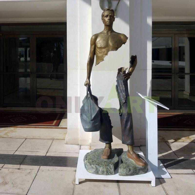 The lost man was designed by Bruno Catrano