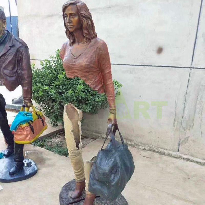 Interesting sculpture by Bruno Catrano - designed