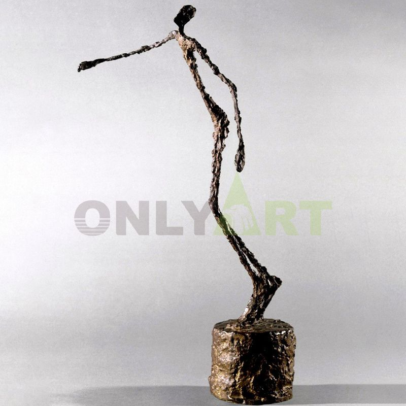 Sculpture of a man standing on his tiptoes and extending his arms - Giacometti