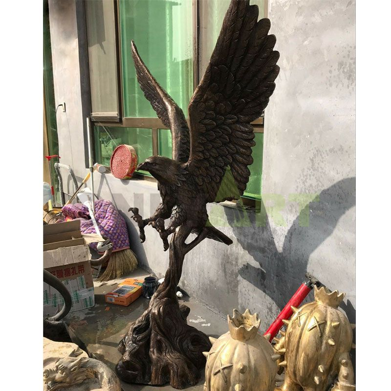 Garden animals life size bronze eagle sculpture