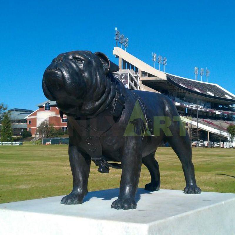 Custom small bronze lawn black French Bulldog statue for sale