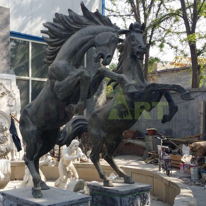 Selling large decorative animal sculptures horse bronze sculptures