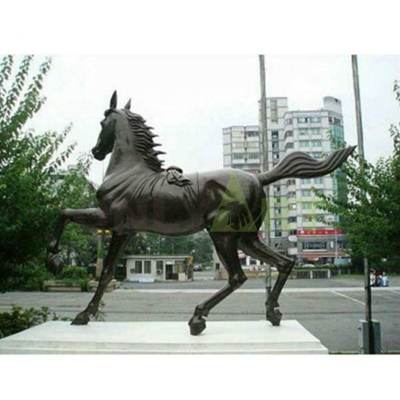 Factory Hot Sale Life Size Metal Crafts Decorative Bronze Horse Statue