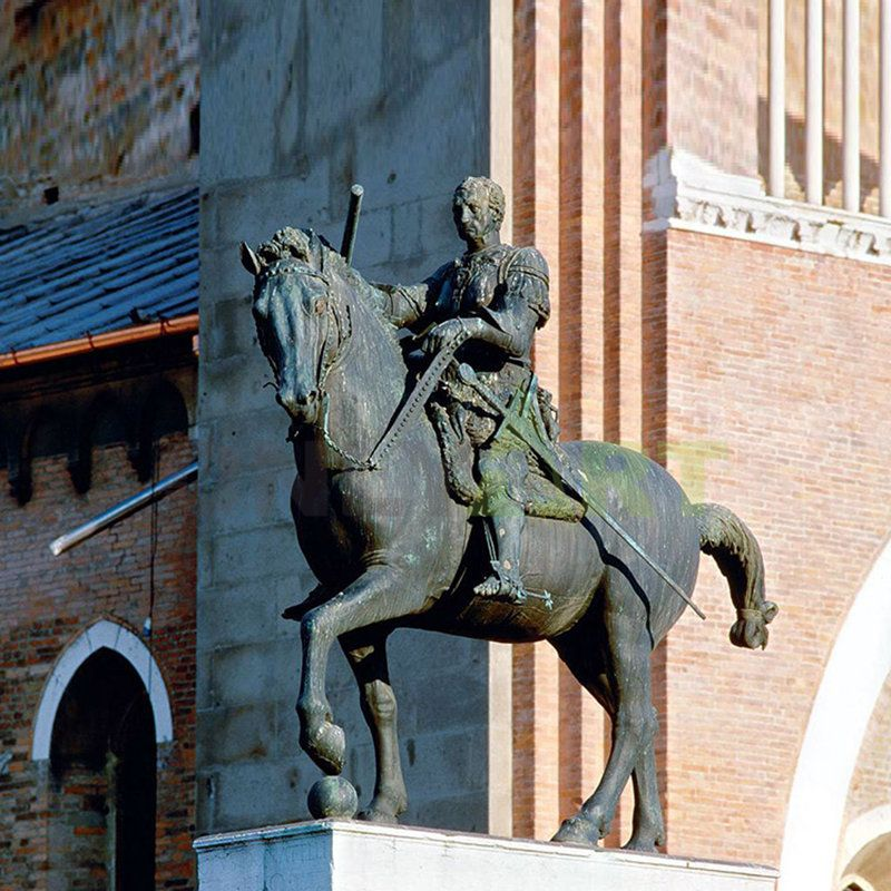 A bronze statue of Napoleon and his steed