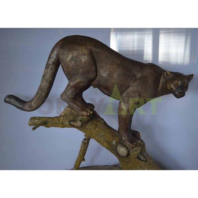 Customizable agile bronze leopard sculpture