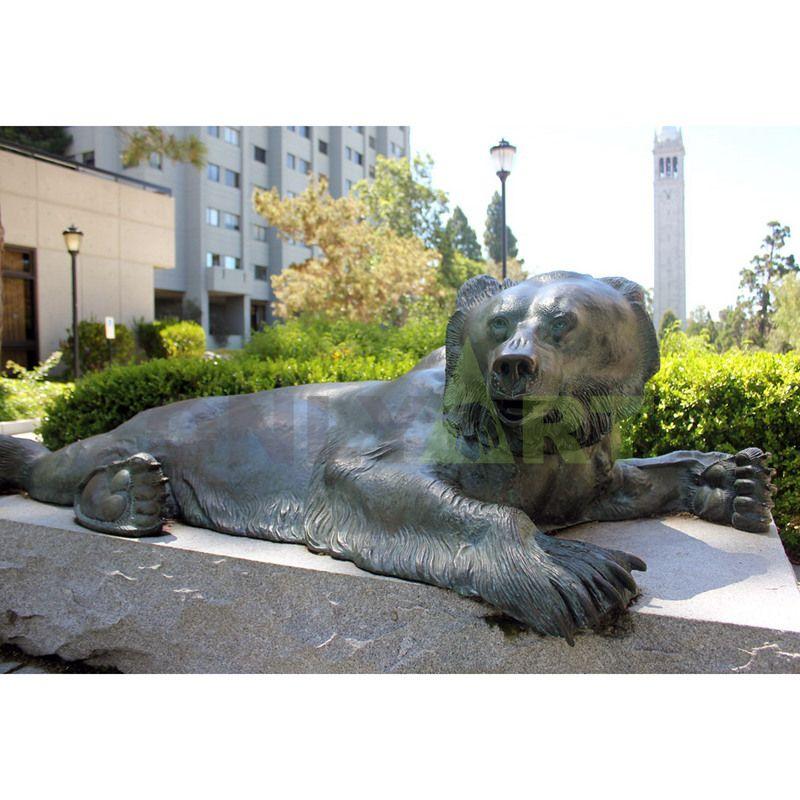 Outdoor decoration life size antique bronze bear statue
