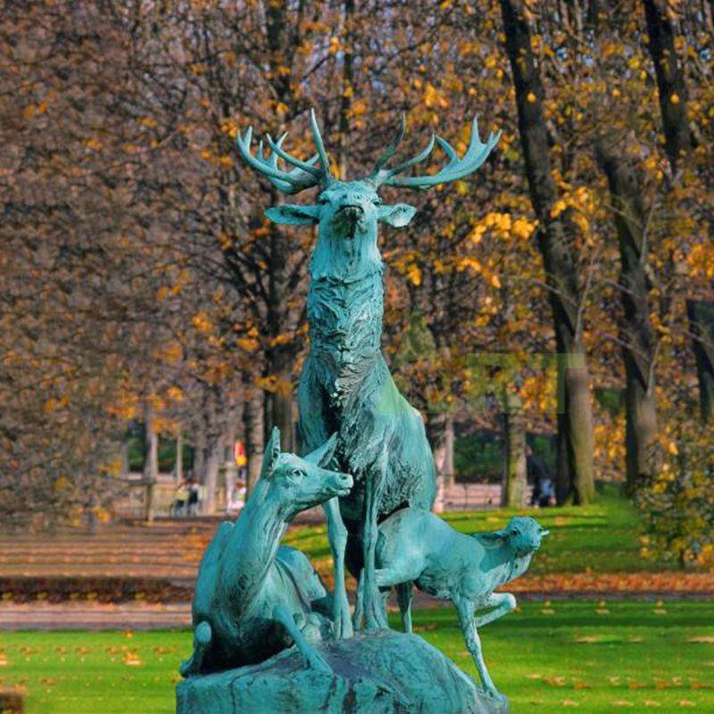 Lawn Garden Ornaments Golden Bronze Deer Statue