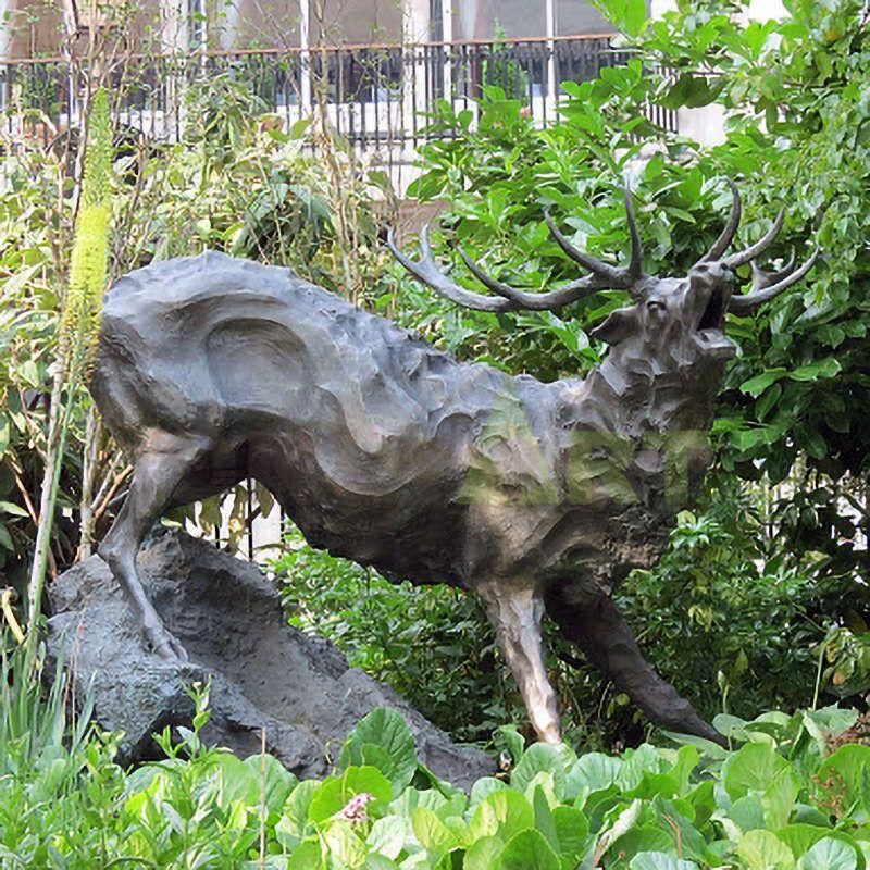 Casting Bronze Garden Deer Sculpture