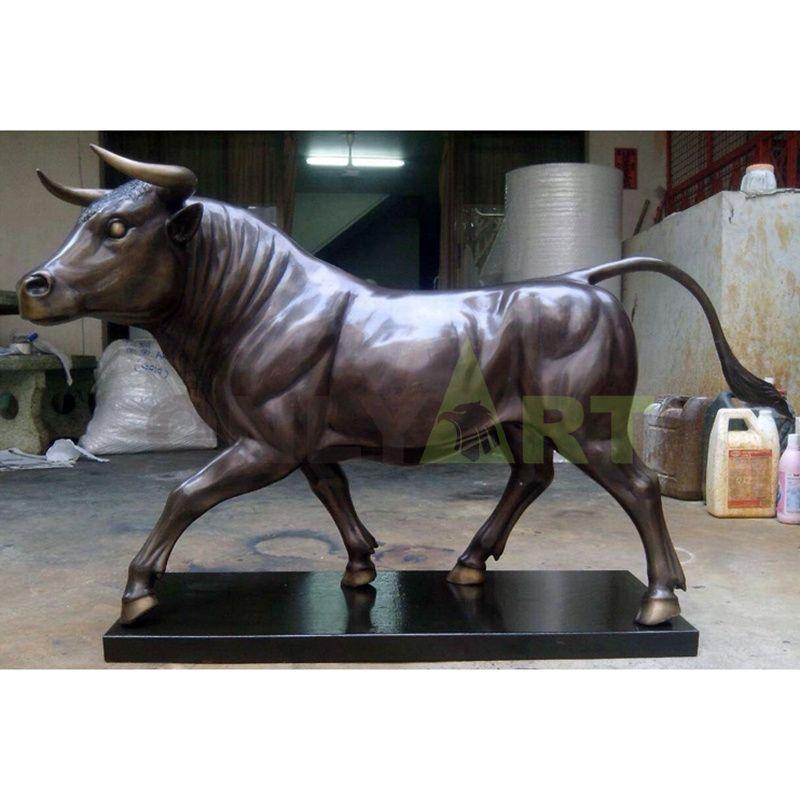 Large bronze wall street bull statue sculpture