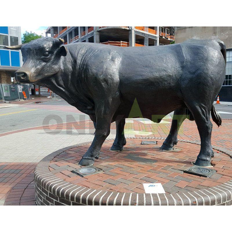 Garden Life Size Brass Wall Street Bull Sculpture