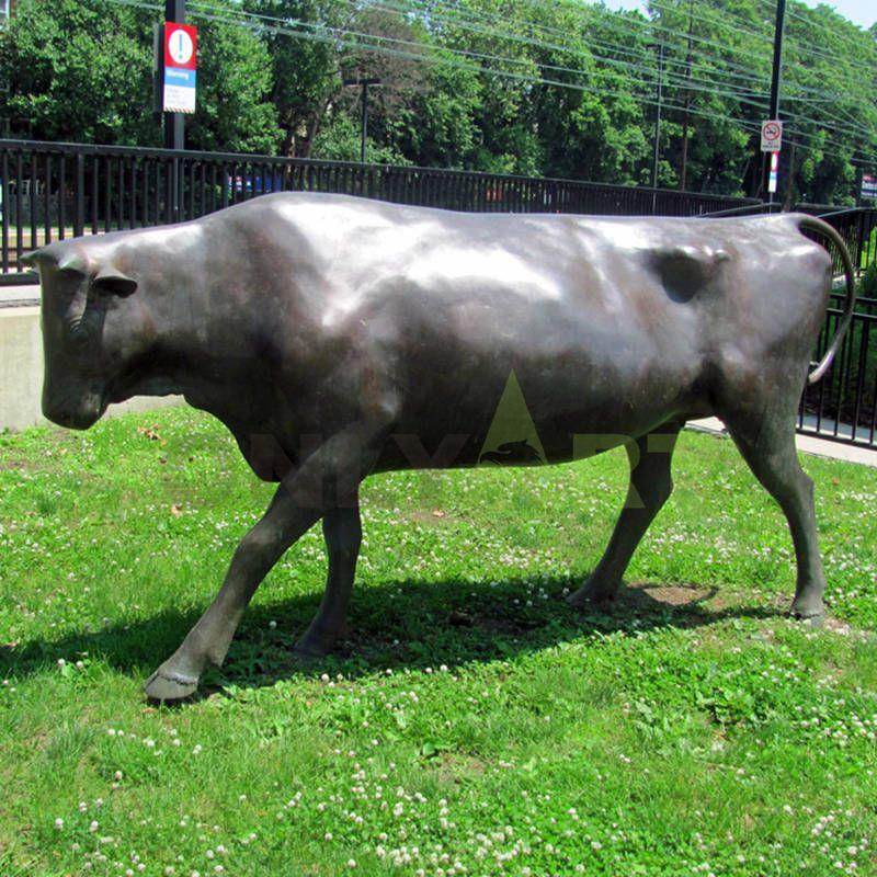 outdoor garden bronze bear and bull