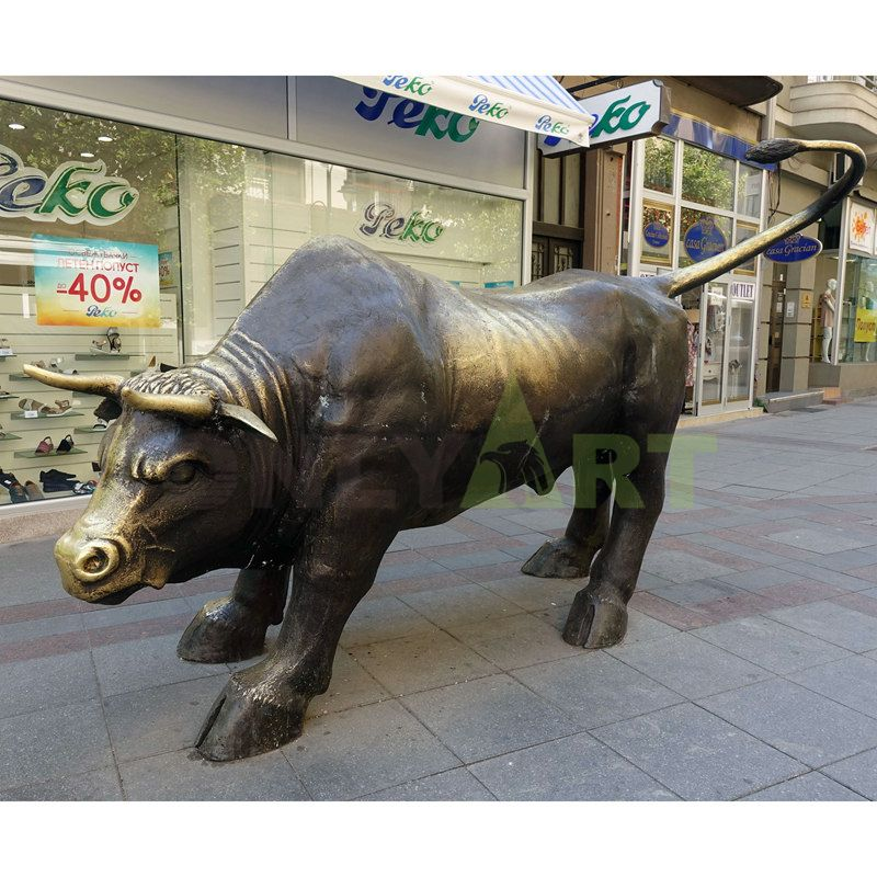 Famous large animal metal sculpture wall street bronze bull statue for sale