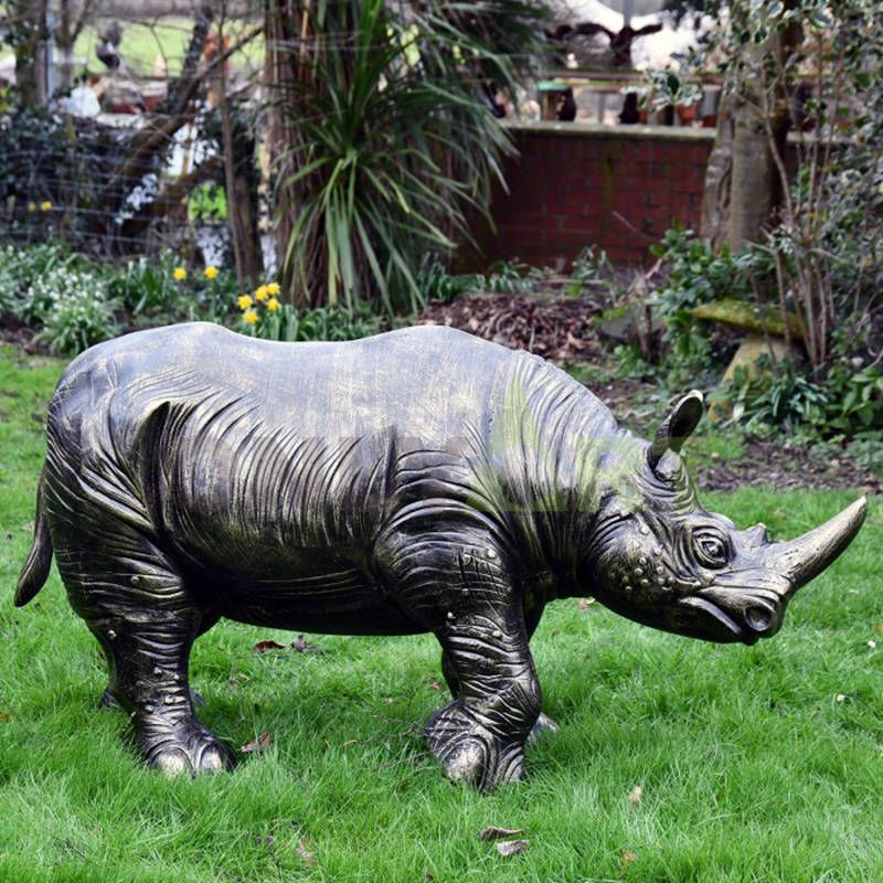 Nice quality double-end Rhino sculpture
