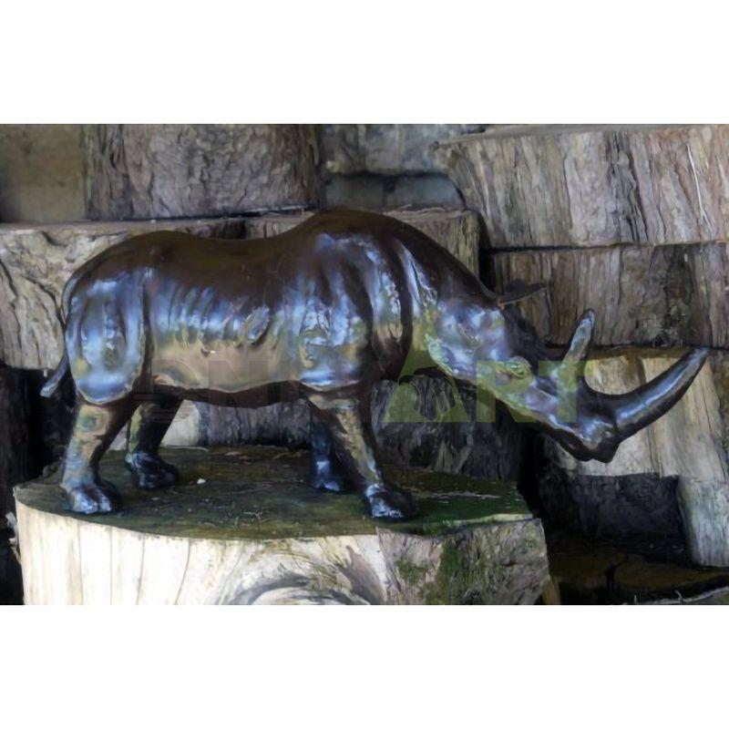 custom handmade carved outdoor park garden rhinoceros sculpture decor life size