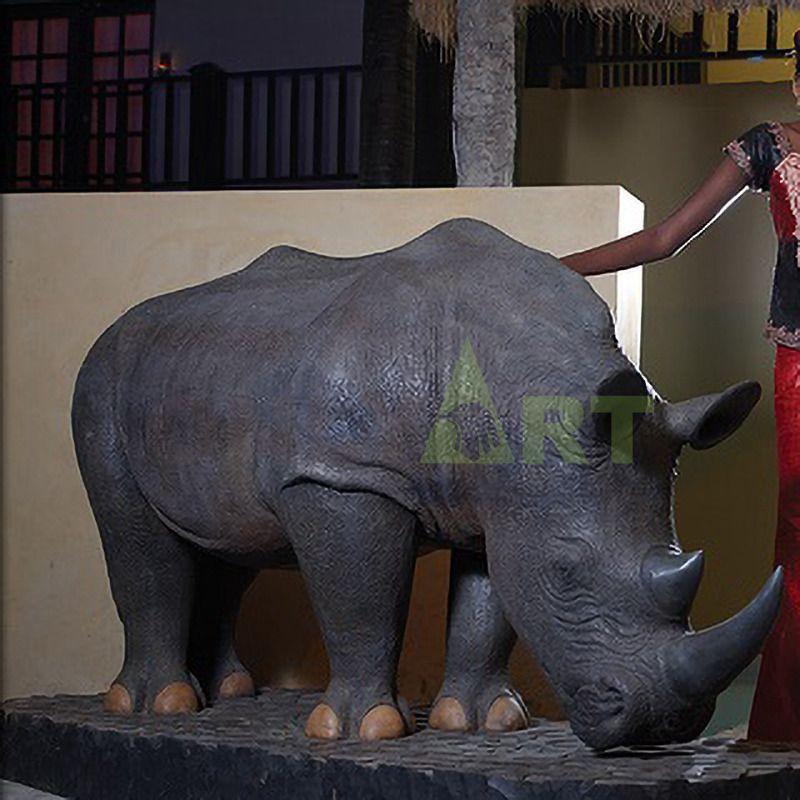 custom handmade carved outdoor park garden rhinoceros sculpture decor life size bronze
