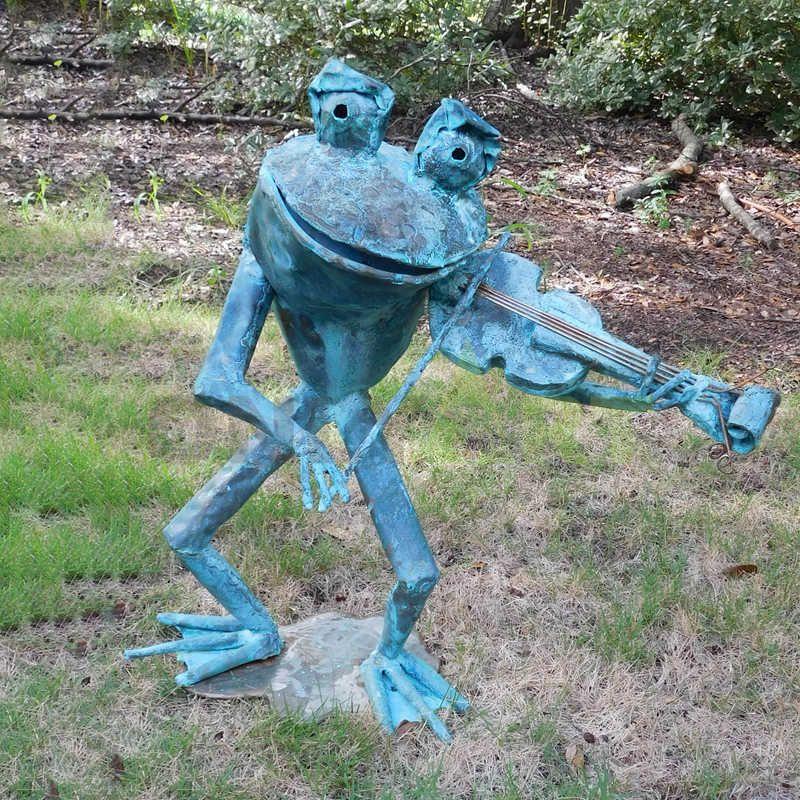 Garden Decor Frogs Sculpture for sale