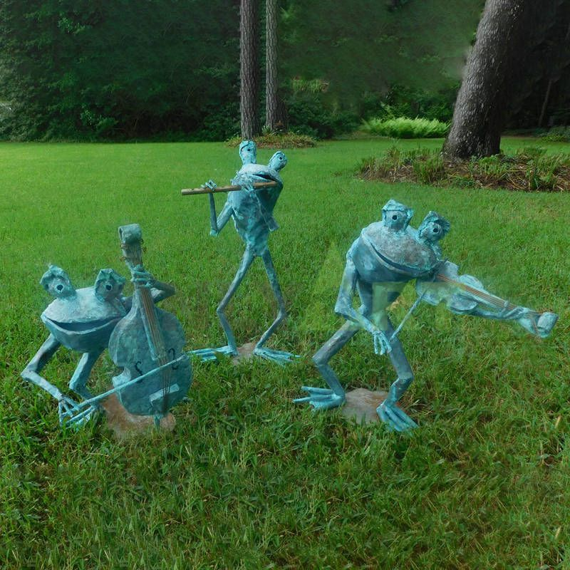 Garden fountain used life size brass frog