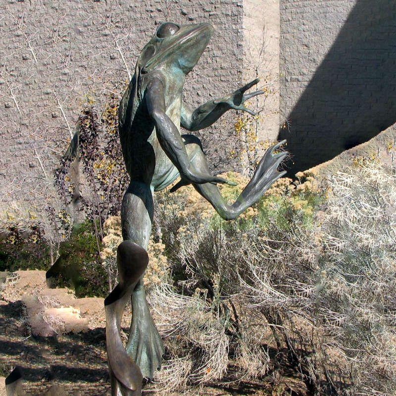 Handmade home decor antique bronze animal statue frog sculpture