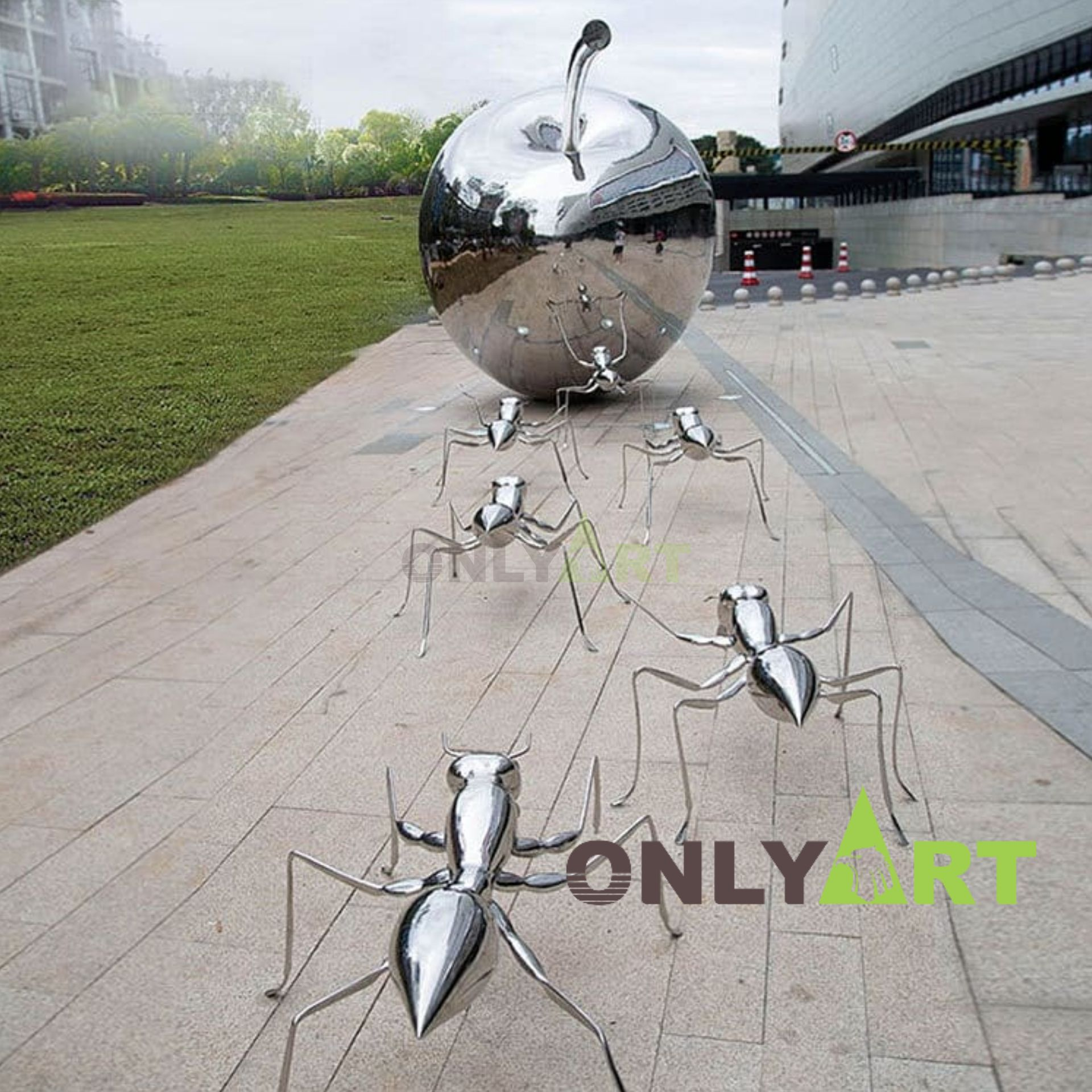 Do you like these stainless steel apple and ants sculptures?