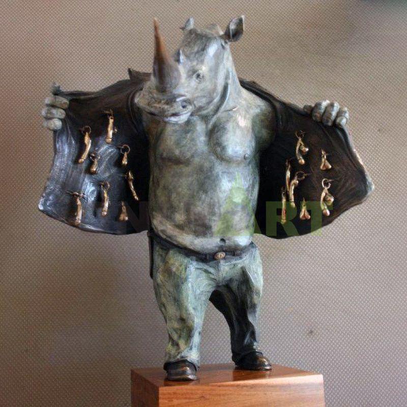 Rhino(3).jpg