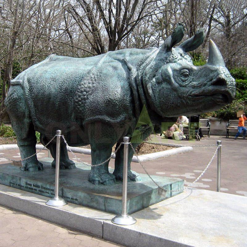 Rhino(9).jpg