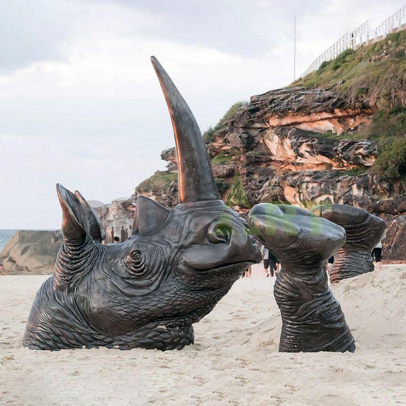 Rhino(33).jpg
