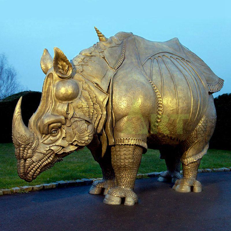 Rhino(51).jpg