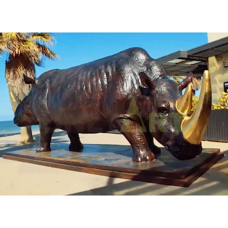 Rhino(56).jpg